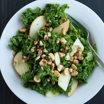 Simple Kale Salad   https://passtheplants.com