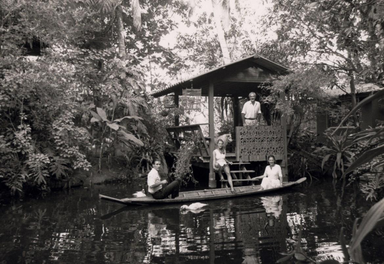 La famiglia Terzani a Turtle House a Bangkok