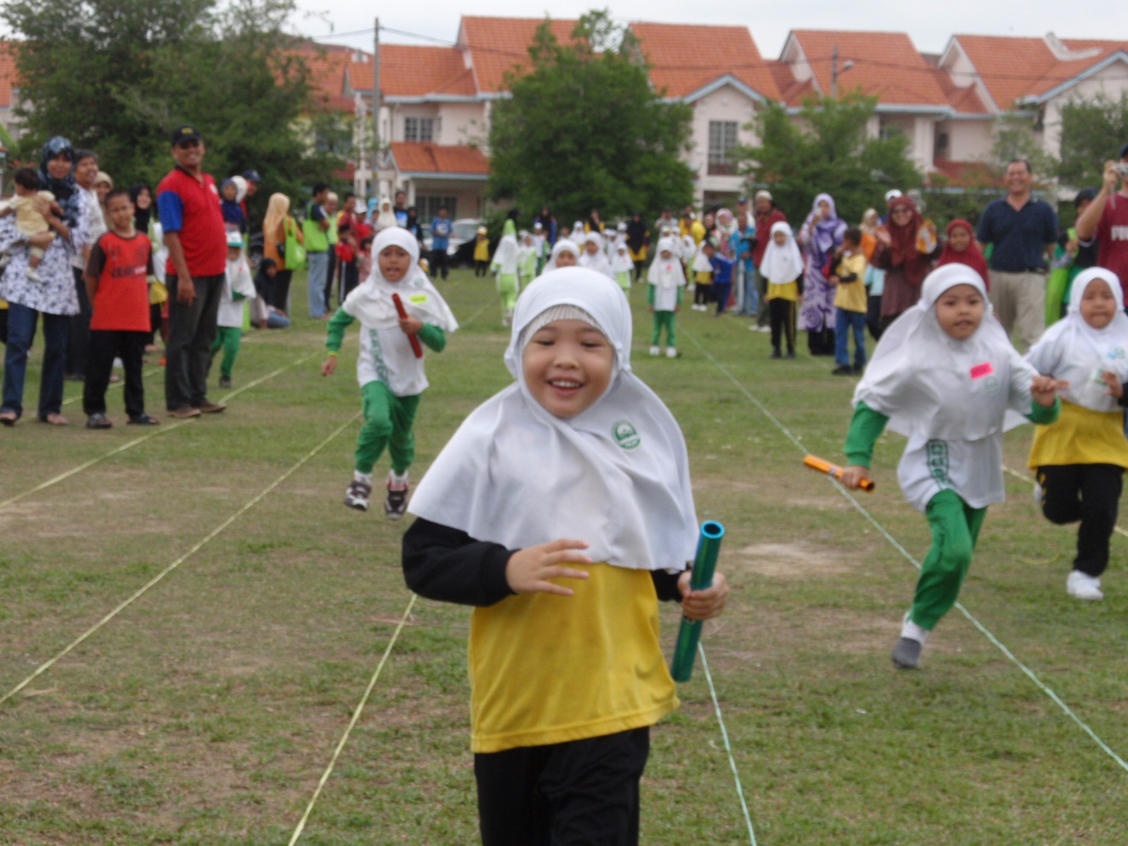 Wah! PASTI Siti Sarah Menang lagi!!