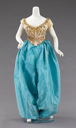 Brooklyn Museum Costume Collection at The Metropolitan Museum of Art, Gift of the Brooklyn Museum, 2009; Designated Purchase Fund, 1983 http://www.metmuseum.org/art/collection/search/156069