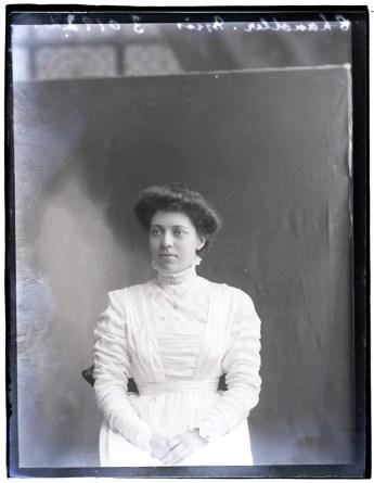 Miss Chandler, 1909