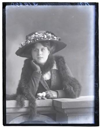 Miss Braddhaw, 1910