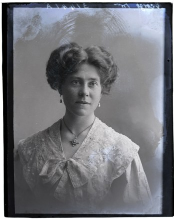 Mrs George, 10 Jun 1911