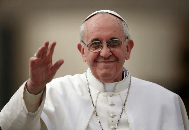 Por que ir à missa aos domingos? O Papa responde.