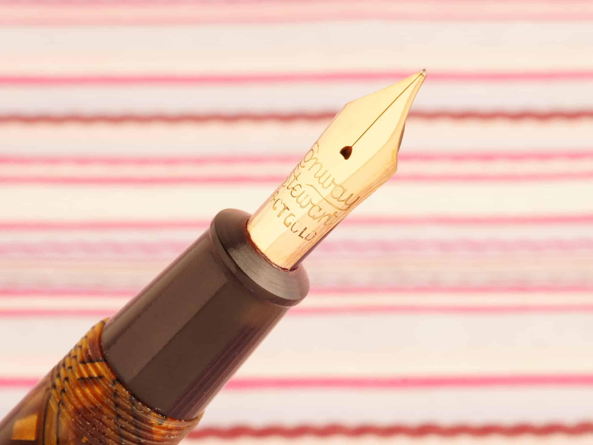 vintage conway stewart 27 deluxe golden tiger eye marble executive fountain pen