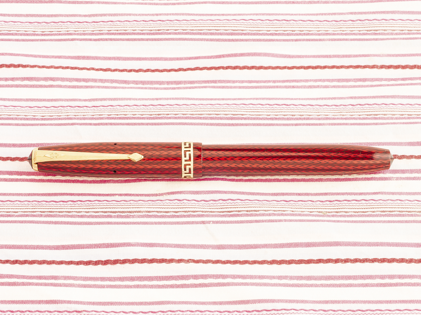 vintage conway stewart 74 red herringbone grecian capband fountain pen