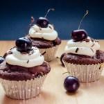 {Black Forest Cupcakes} – Cupcakes Padurea Neagra