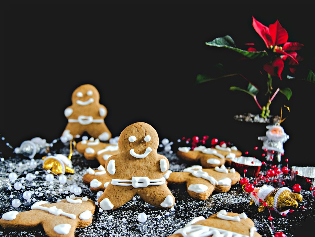 Gingerbread Man | Charmingly Cute Gingerbread House Ideas