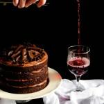 {Red Wine Chocolate Cake} – Tort cu ciocolata si vin rosu