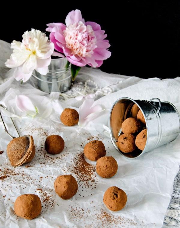 carob truffles-1-8bb