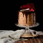 {Chocolate Cherry Cake} – Tort cu cirese si ciocolata