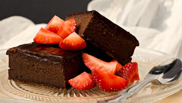 chocolate mascarpone cake
