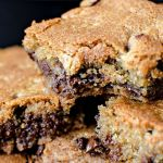 {Chocolate Chip Tahini Blondies} – Blondies cu tahini si ciocolata