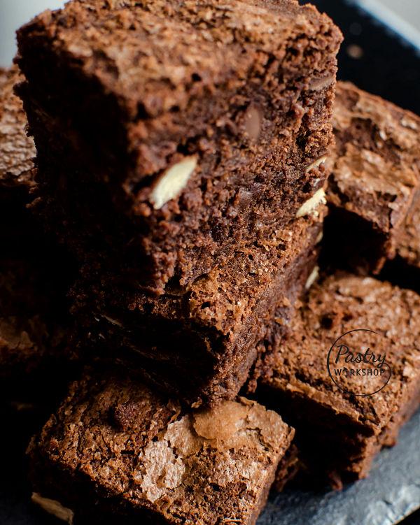 brownies cu 4 tipuri de ciocolata