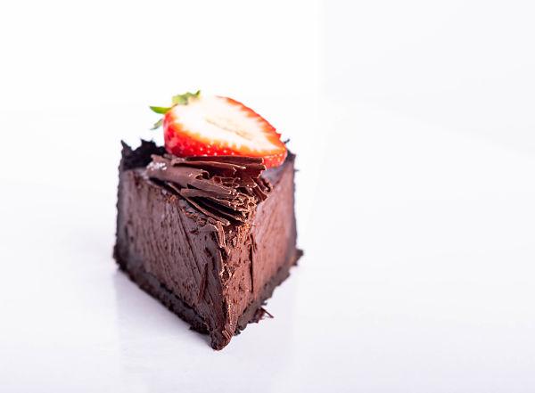 no bake chocolate tart slice