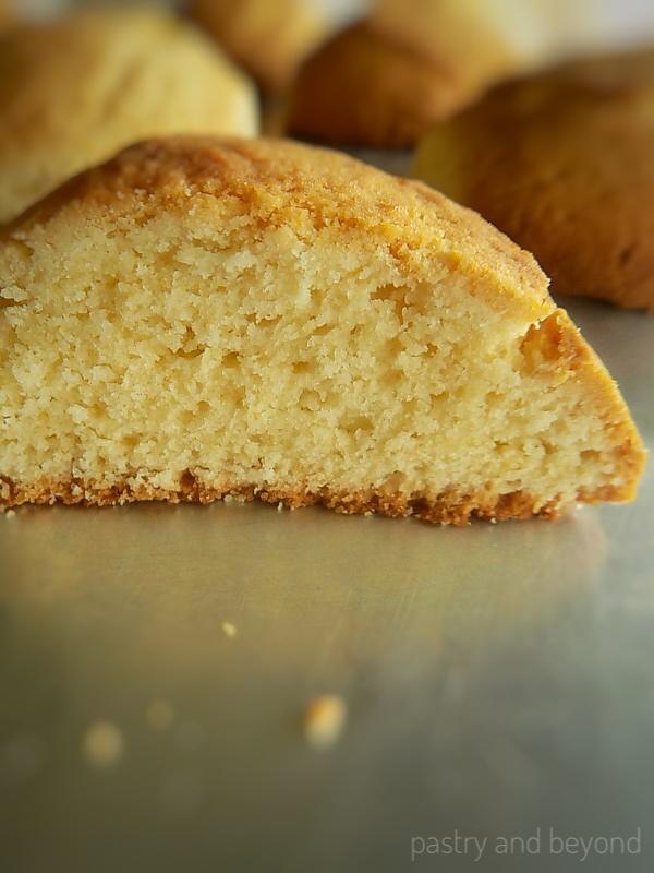 Cakey Vanilla Cookies