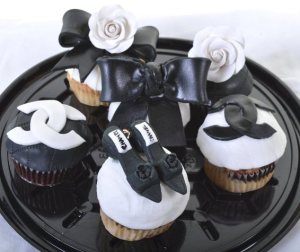 Pastry Palace Las Vegas Cupcakes #1287 - Everywhere Chanel