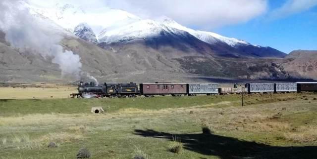 Servicio para extranjeros y salida extra en La Trochita