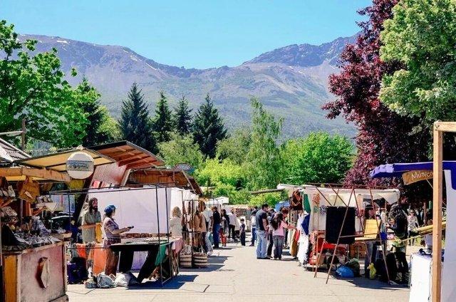 Vuelve la Feria artesanal de El Bolsón.