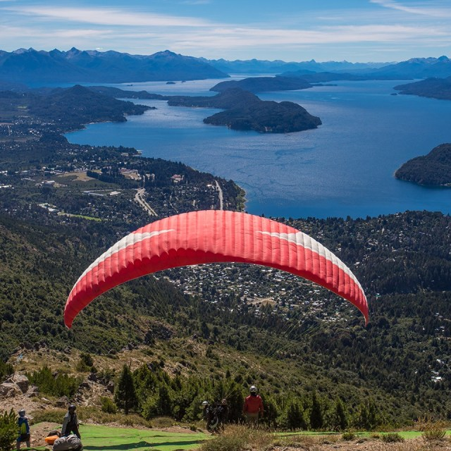 Vista panorámica desde el Cerro Otto de Bariloche. La Patagonia entre los mejores destinos del mundo