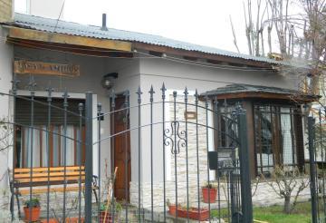 Casa de Amigos, Esquel