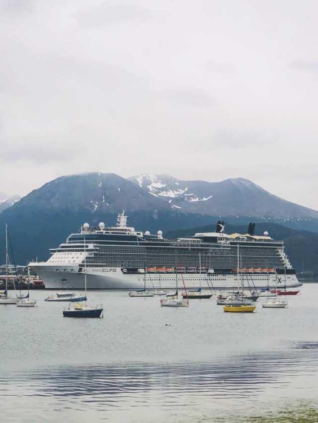 Crucero en el muelle de Ushuaia.