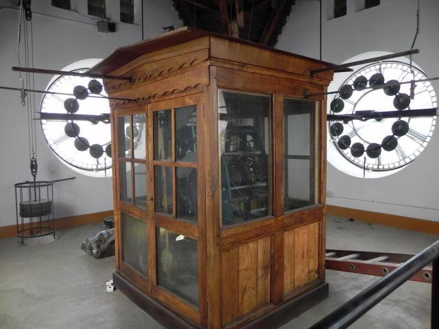 Reloj del centro civico de Bariloche por dentro