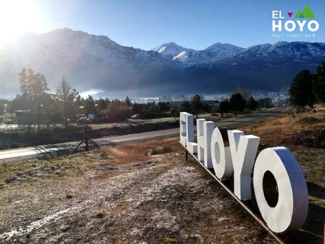 El Hoyo, cartel.