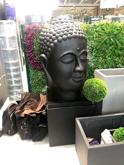 jardin sculpture décoration design plantes arbres arbutes nature vert paysage pot pots