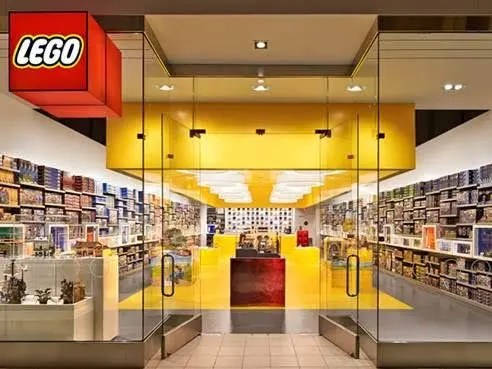 Grand Opening For Lego Store At Pentagon City Mall This