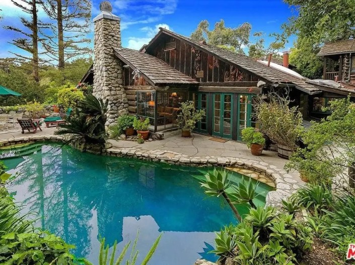 Rustic Santa Monica Log Cabin Will Make You Feel Warm & Cozy-0