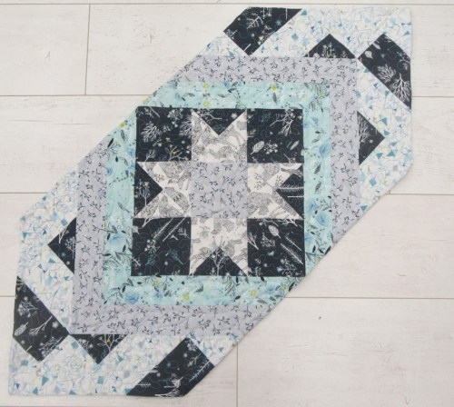 Patchwork Star in Winter colours by Allison Reid