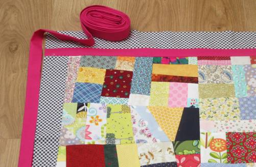 Diamond Chips border and binding by Allison Reid