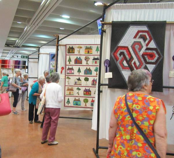 Sandown 2019 Group Quilt (2) by Allison Reid
