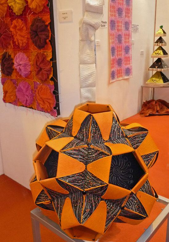 3D quilts June barns