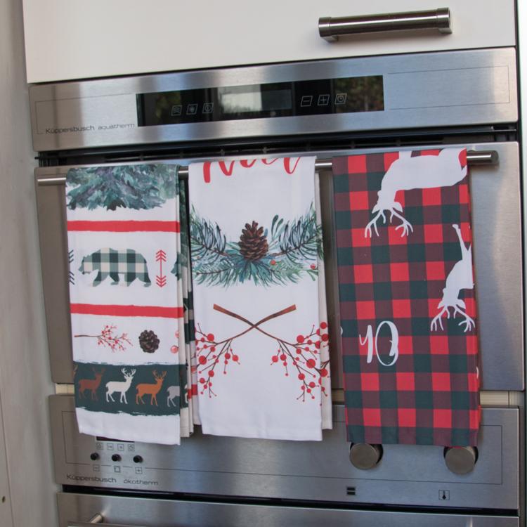 torchons de cuisine de Noël en lin coton avec verfs, ours, plaid sapins vert, rouge, blanc Fibra Creativa