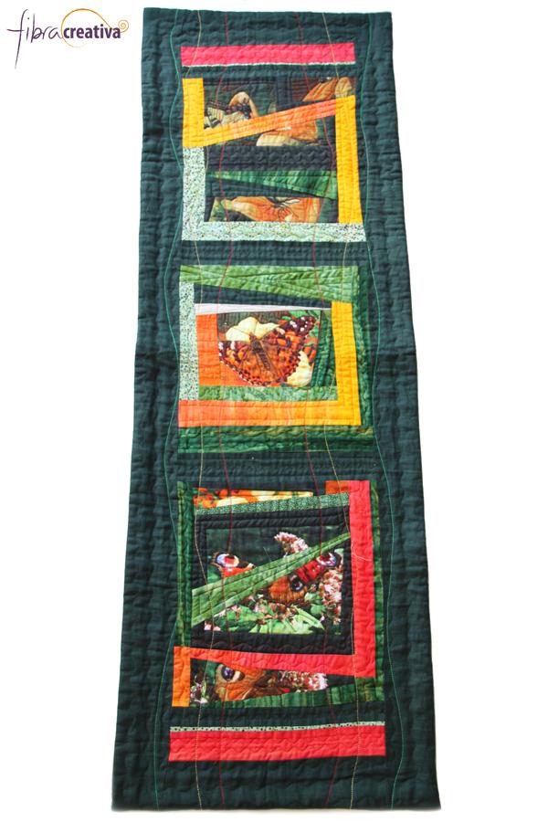 camino de mesa de patchwork de pieceo improvisado con mariposas y lino liso
