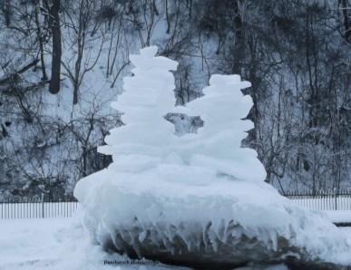 ice inukshuk
