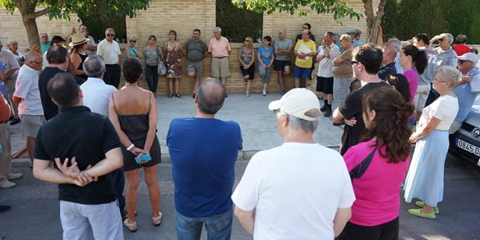Vecinos del Barranco del Rubio durante la reunión