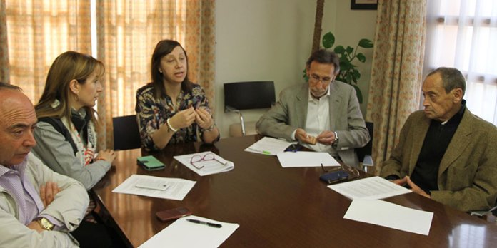 Imagen de archivo de la ex alcaldesa junto con varios miembros de la Junta de Gobierno Local durante la pasada legislatura