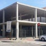 Imagen actual del edificio que acogerá las funciones de Centro de Salud auxiliar y Centro Cívico de Santa Rita