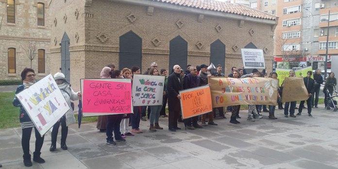 Imagen de la concentración celebrada esta mañana por vecinos de La Coma