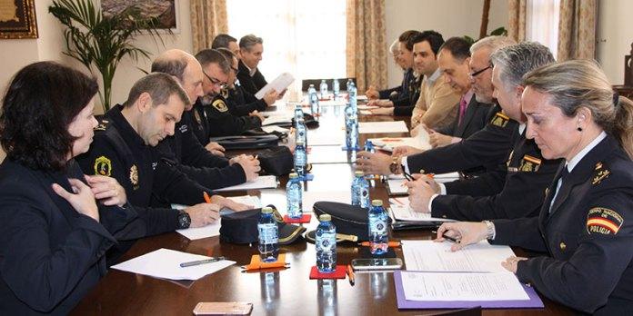 Instante de la reunión de la Junta Local de Seguridad de Paterna