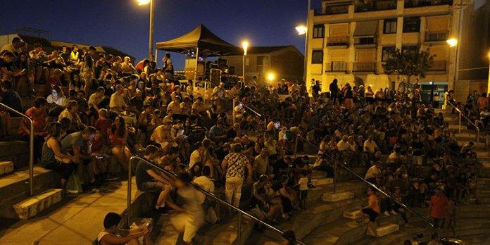 Cientos de personas disfrutaron del cine de verano