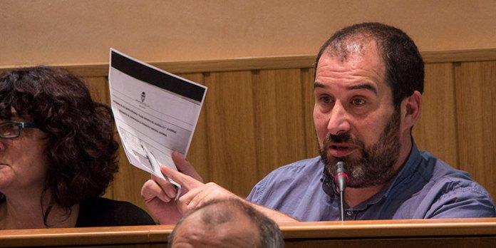 Carles Martí durante el pleno