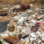 Uno de los vertederos ilegales que se pueden encontrar en Paterna