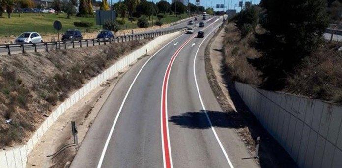 Una de las vías por la que pasan cada día miles de vehículos