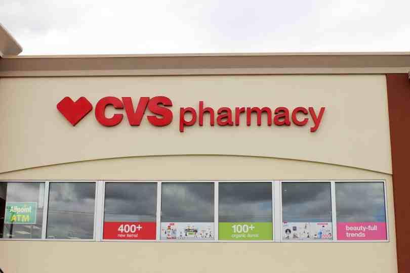 Foto da Fachada da CVS, uma das farmácias mais populares dos EUA.