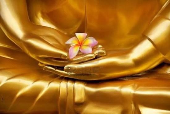 mains de bouddha