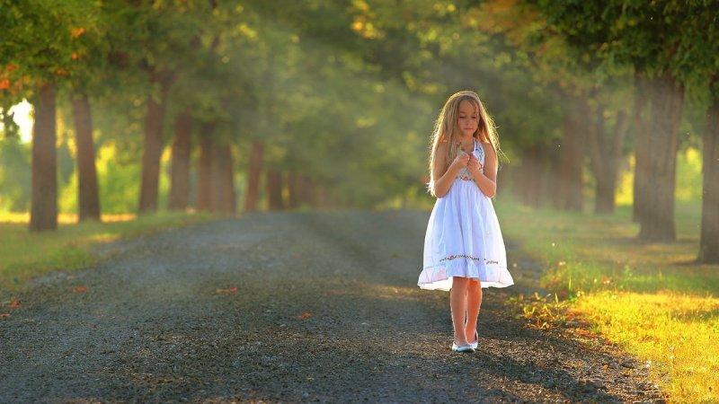 Marchez dans la Lumière pour être des fils de la Lumière